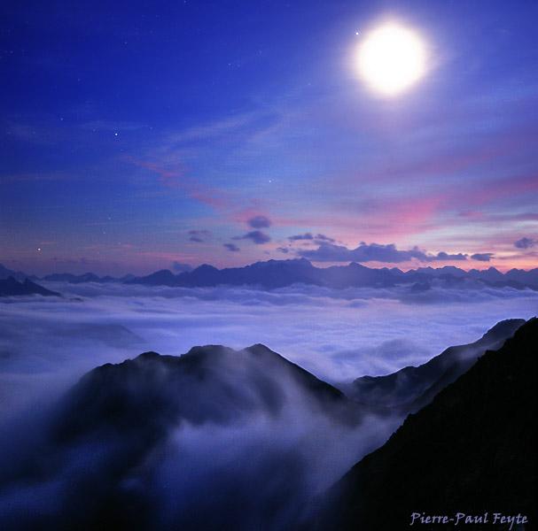 http://ppfeyte.free.fr/images/weekpic/moonshine3.jpg